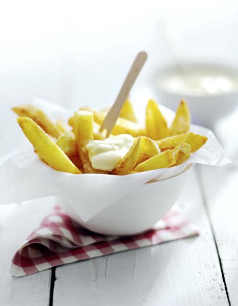 Cafetaria Den Driehoek | Friettent en snackbar | Lekkerste friet uit de regio